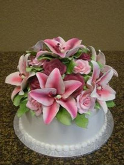 Picture of Sugar Lilies Birthday Cake