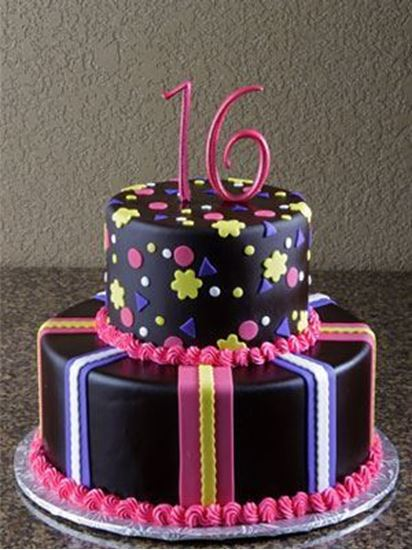 Picture of Sweet 16 Birthday Cake