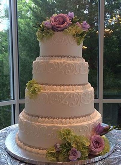 Picture of Rhinestone Ribbon Wedding Cake