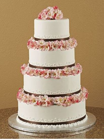 Picture of Hidden Columns Wedding Cake