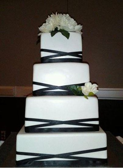Picture of Square Crisscross Ribbon Wedding Cake