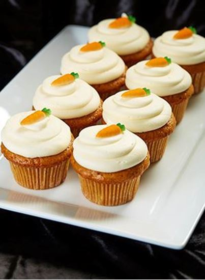 Picture of 1 Dozen 24Kt Carrot Cupcakes