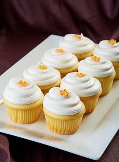 Picture of 1 Dozen Traditional White Cupcakes