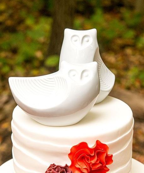 Picture of Porcelain Owl Cake Topper