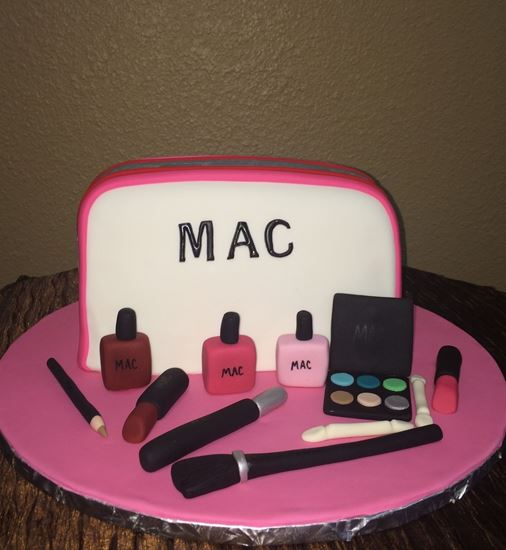 Picture of MAC Makeup Bag Cake