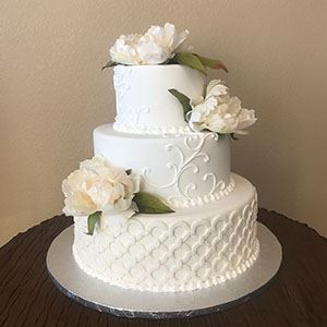 Picture of Wedding Ring & Scrolls Wedding Cake