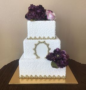 Picture of Square Cornelli Lace Wedding Cake