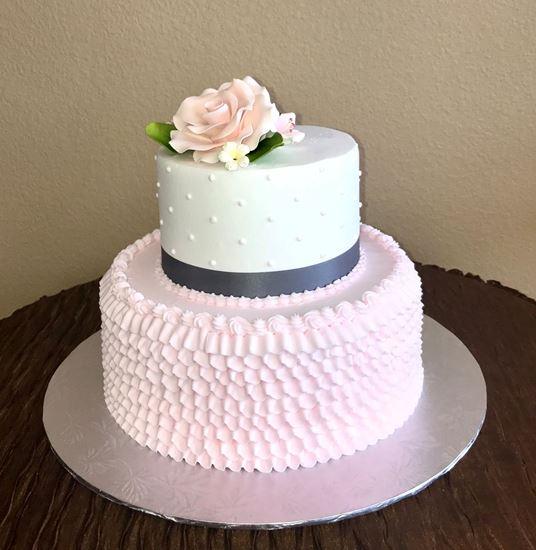 Picture of Buttercream Ruffle Cake