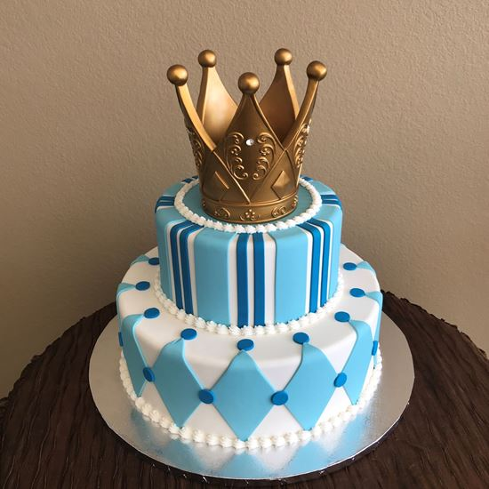 Picture of Prince Crown Cake