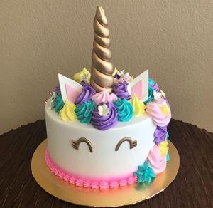 Picture of Unicorn Birthday Cake