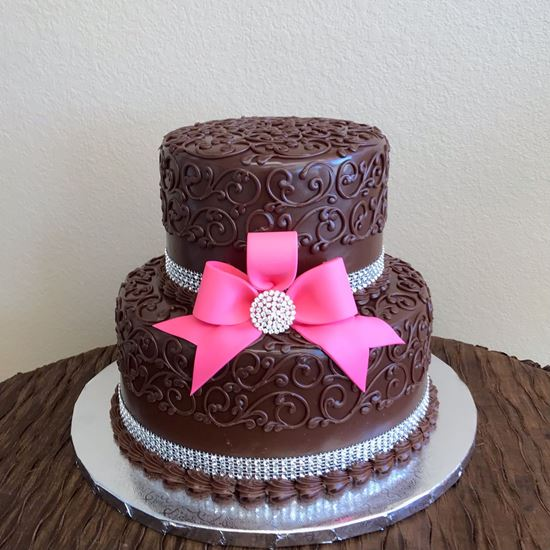Picture of Pink Bow Birthday Cake